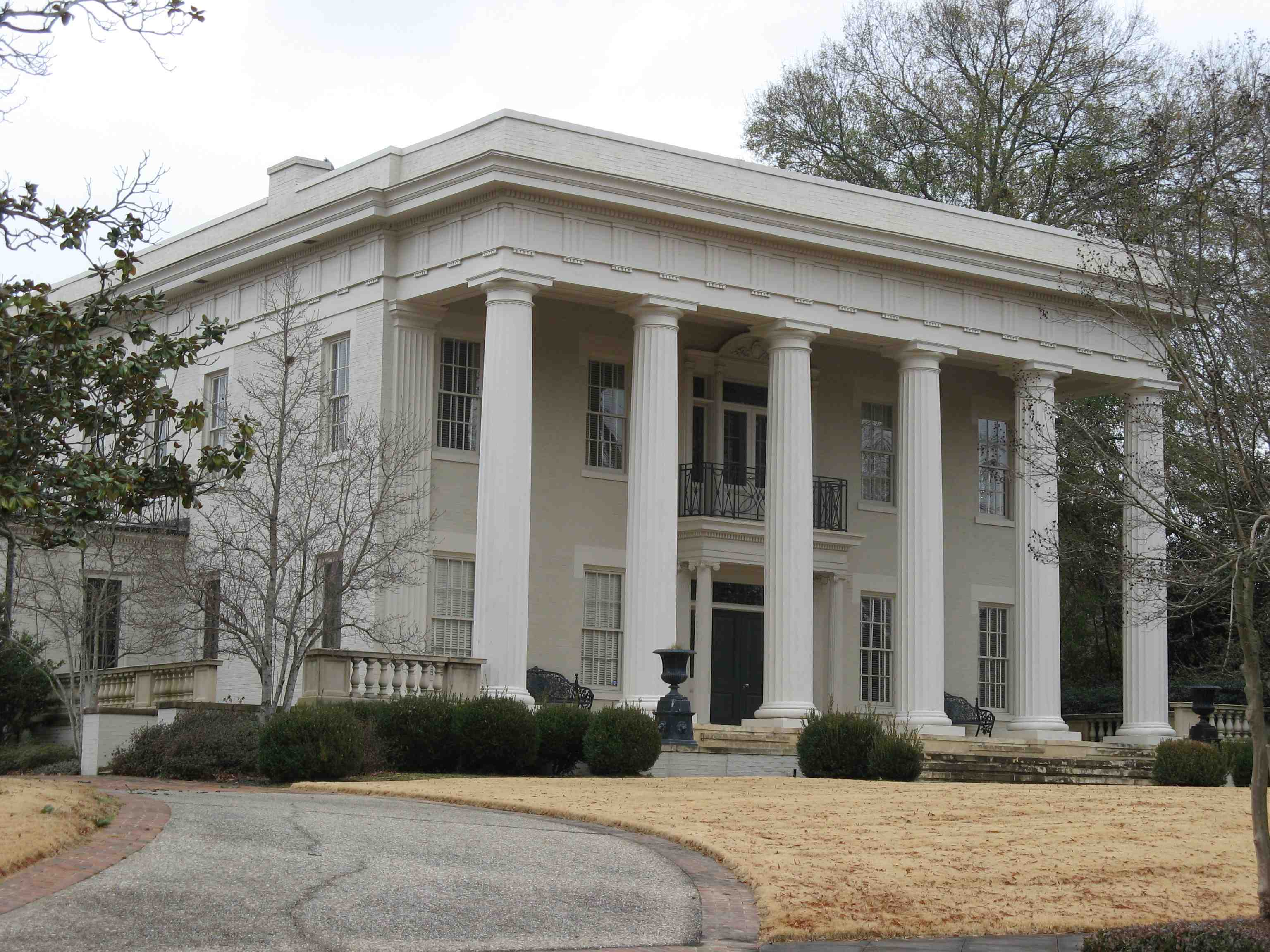 12 Inspiring Neoclassical Revival Photo Home Plans